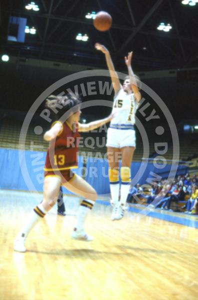 UCLA Women's Basketball (1975-1978) - Ann Meyers