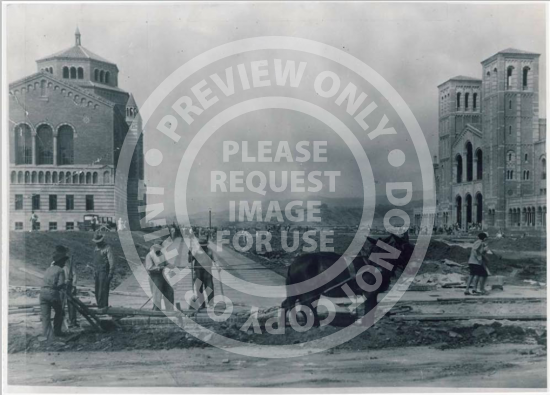 Dickson Plaza Construction (1930)